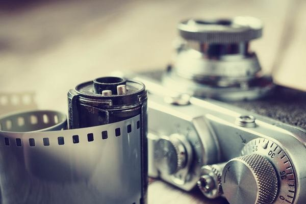 Développez votre propre film sur pellicule argentique