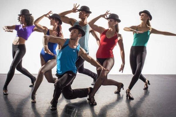 Apprendre à danser en soirée, être à l'aise, se perfectionner... Tous Styles, Tous Niveaux